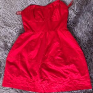 Dresses & Skirts - Excellent Pre-owned Red cocktail dress 💃🏻